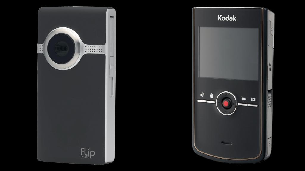 Afbeelding van een Flip-Ultra-HD (links) en een Kodak-Zi8 (rechts) bij de uitleg over online-videomarketing.